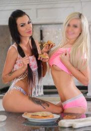 Adriana & Nataly